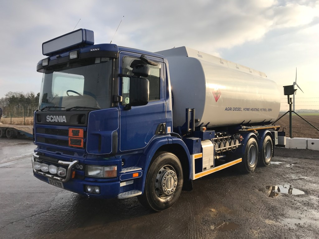 Scania 6x4 Fuel Tanker  1