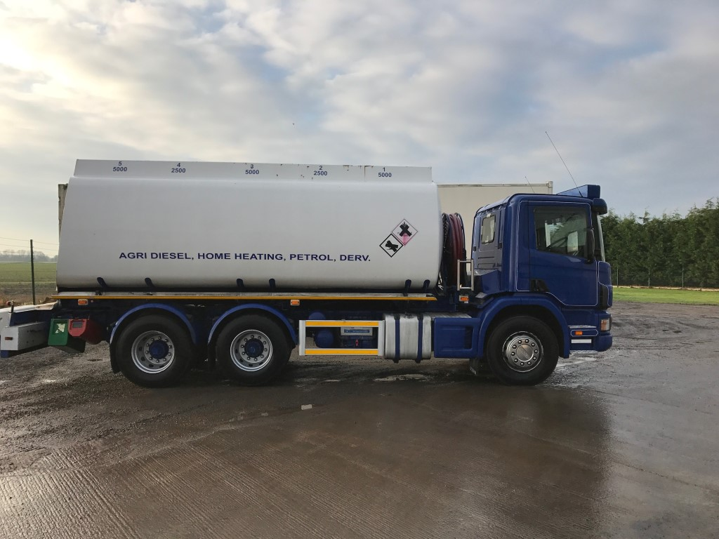 Scania 6x4 Fuel Tanker  2